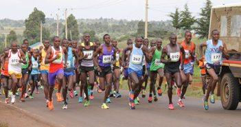 kenyan-runners-Safaricom-Iten-road-race