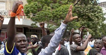 20160919-kenya_disputed_election_3-tob