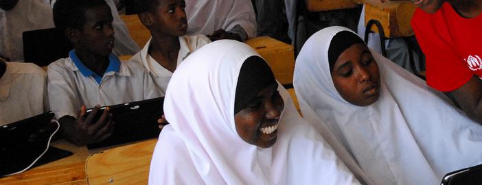 vodafone-instant-classroom-dadaab-refugee-camp
